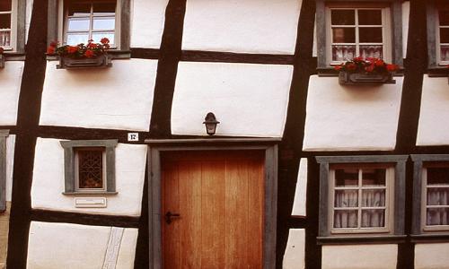 门窗的包装对质量的影响有哪些?铝合金门窗产品在材料方面有五大要求